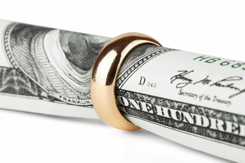 Boşanmada Nafaka Davası Nasıl Açılır? Nafaka Maaşın Ne Kadarıdır?